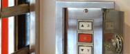 シャッタースイッチボックスが開かないとき、呼ぶべき業者は